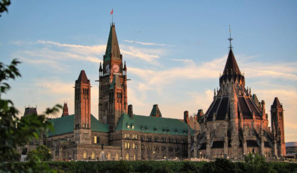 Major's Hill Park-View of Parliament