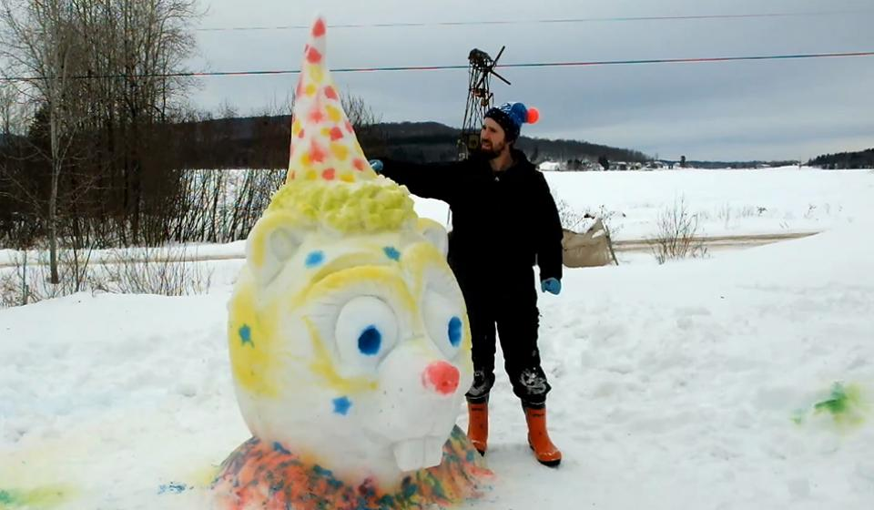 Fecteau's art of winterlude 1: Decorate your snowman with color
